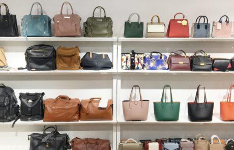 Guangzhou xiaoniu Leather handbag factory sample room